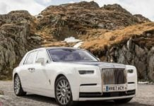 2018 Rolls Royce Phantom front profile