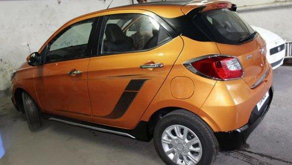 Tata AKTIV Crossover hatchback 1