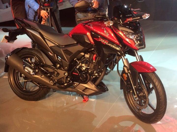 Honda X Blade 160cc Motorcycle Debuts At Auto Expo 2018