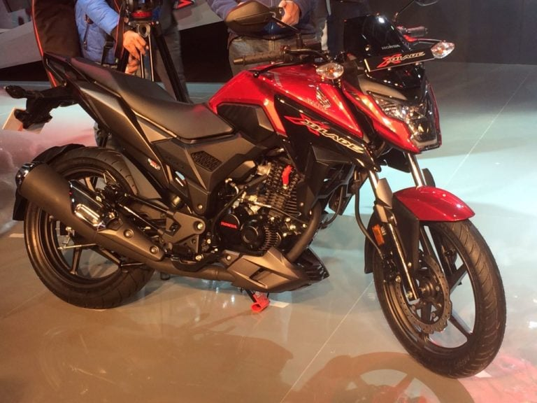 Honda X-Blade 160cc Motorcycle Debuts at Auto Expo 2018