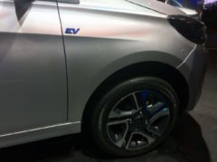 tata tigor electric vehicle images alloy wheel