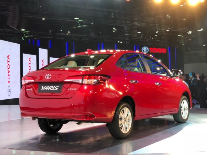 toyota yaris red