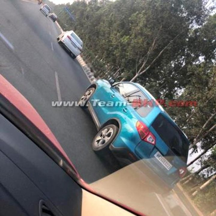 Maruti Suzuki Vitara Spied Again In India, To Overlap S Cross - Report
