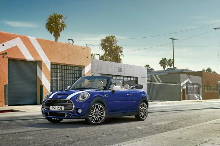 2018 MINI Launched In India- Comes With 3-Door, 5-Door And Convertible Versions