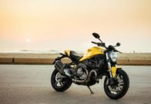 Ducati Monster 821 image front