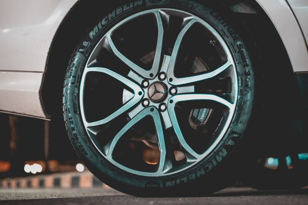 car car tips for monsoon tyres image