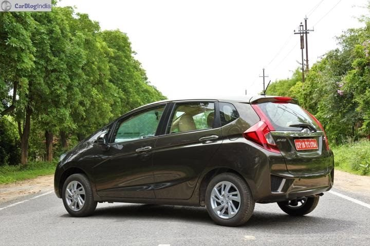 2018 honda jazz review Rear Image