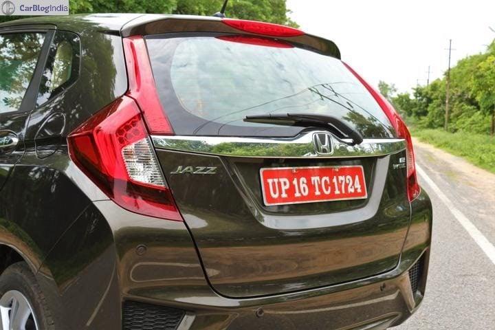2018 Honda jazz review Tail-light Image
