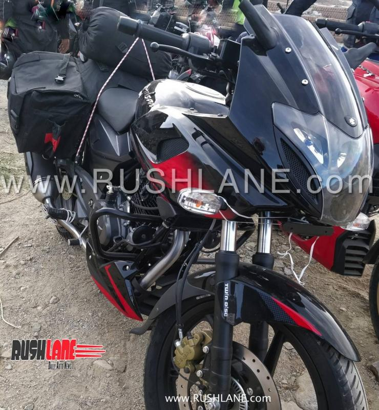 Bajaj Pulsar 220F ABS spotted; launch early next year