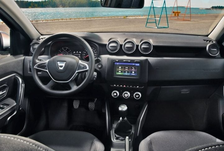 renault duster 2019 interiors image