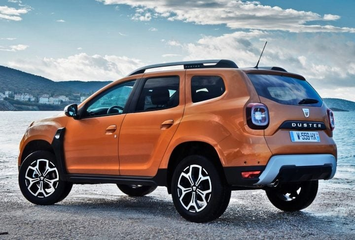 renault duster 2019 rear image