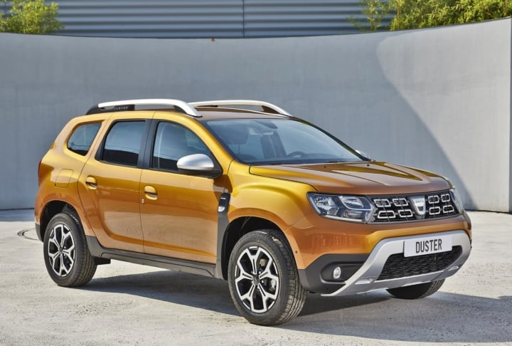 renault duster 2019 side image