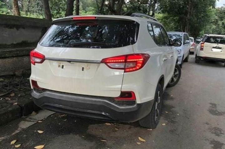 Mahindra XUV 700 Rear