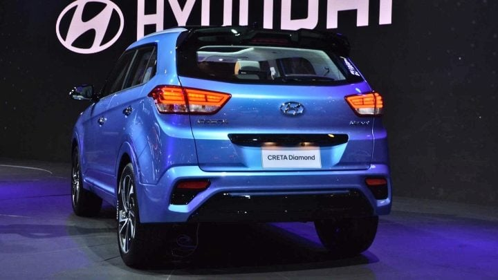 hyundai creta diamond edition rear image