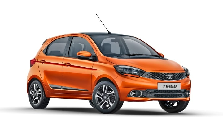 tata tiago xz plus side image