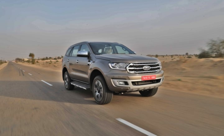 2019 ford endeavour motion image