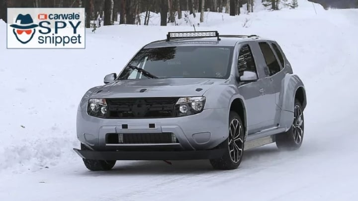 Renault Duster spotted testing with a battery pack!