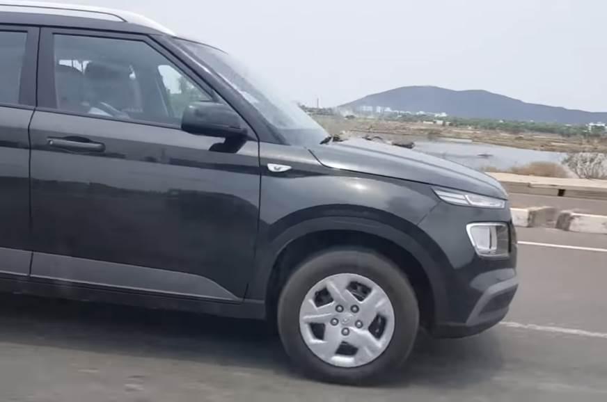 Hyundai Venue base variant spotted