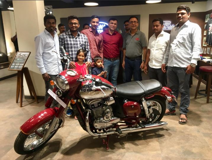 Deliveries of Jawa Motorcycles finally commence across the country