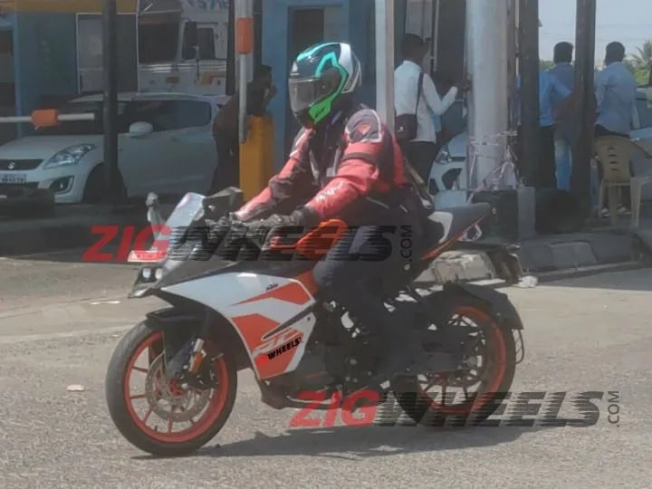 KTM RC125 spotted testing; would go against Yamaha R15 V3