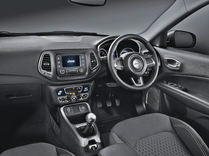 jeep compass sport plus interiors image