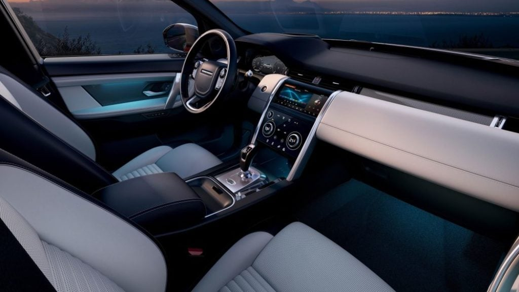 2020 Land Rover Discovery Sport interiors image