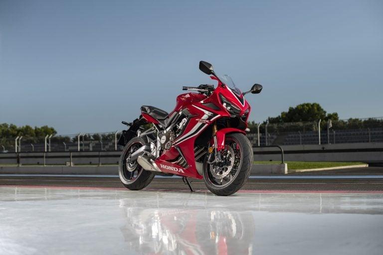 Honda CBR650R Reaches Dealerships; Deliveries Commence