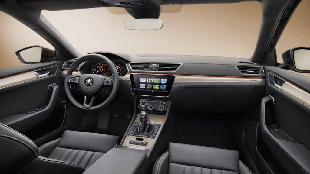 Skoda Superb Facelift Interiors