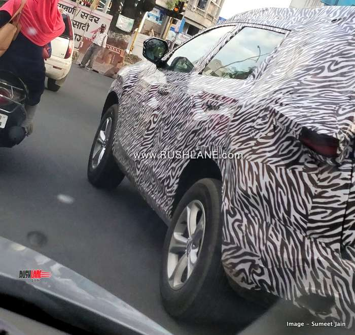 tata harrier 7 seater spied