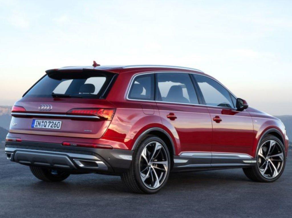 New Audi Q7 rear profile