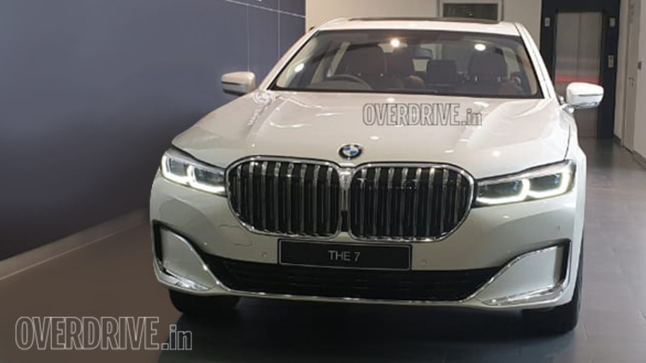 2019 Bmw X7 And 7 Series Spied At Dealerships Launch On July 25