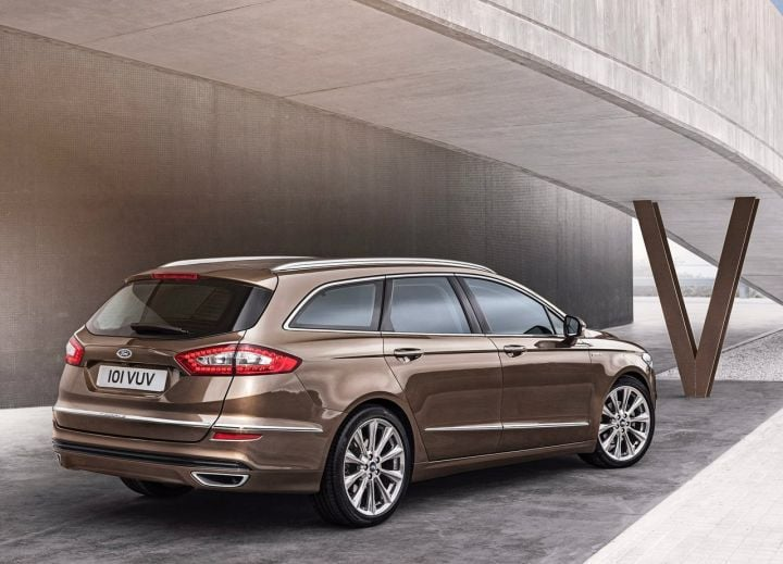 The Ford Mondeo crossover digital rendering