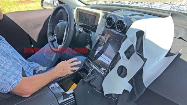 2020 Mercedes C Class New Spy Shots – Gets Tesla Like Touchscreen