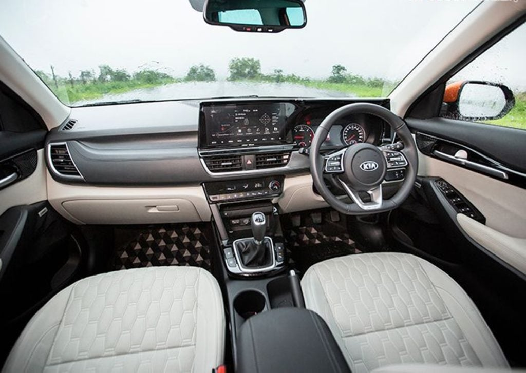 The Kia Seltos's cabin feels very premium and loaded with features