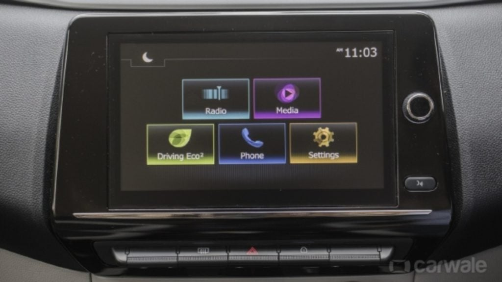 Renault Triber Touchscreen image
