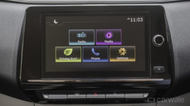 Upcoming Renault Triber Touchscreen Infotainment Unit & Digital Instrument Cluster Images Out