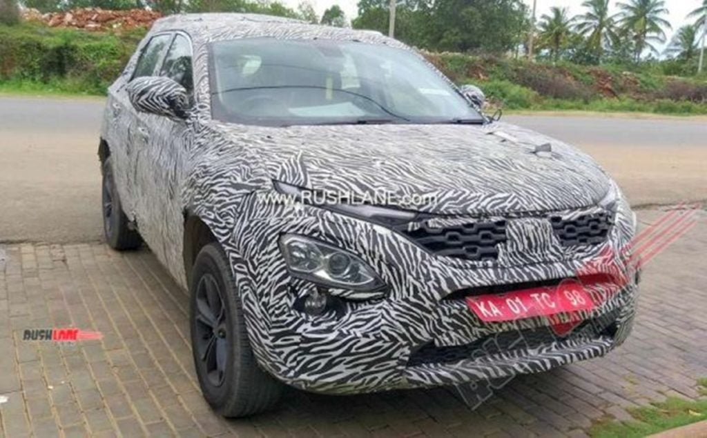 Tata Harrier seen wearing camouflage