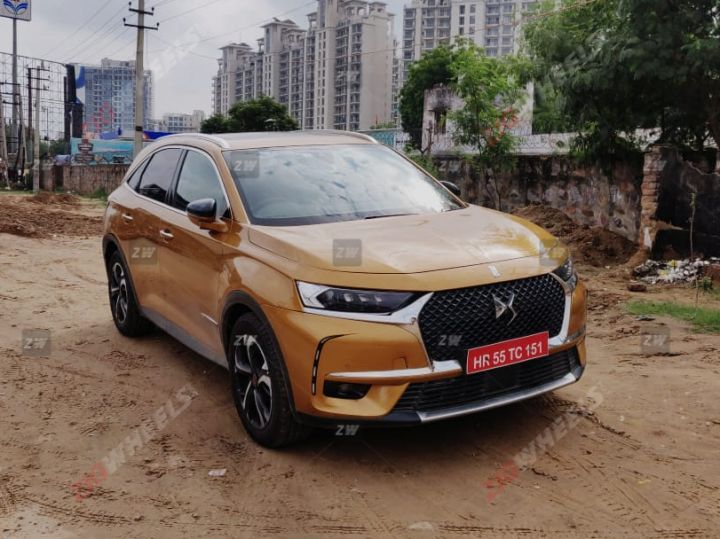 PSA Group Caught Testing DS 7 Crossback in India!