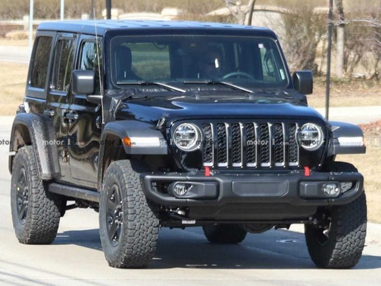 Jeep Wrangler Will soon have a Plug-in Hybrid Variant!