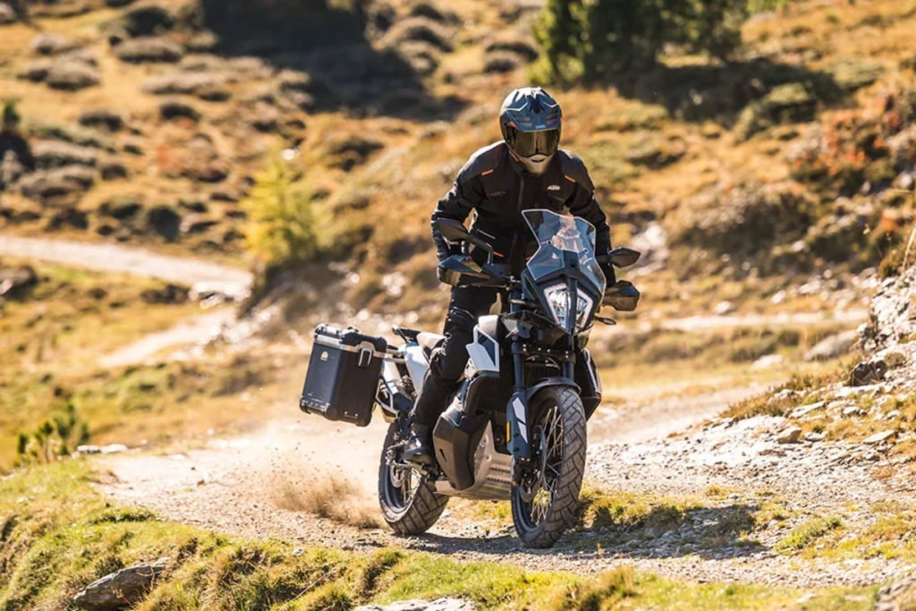 The KTM 790 Adventure is essentially an off-road variant of the Duke 790