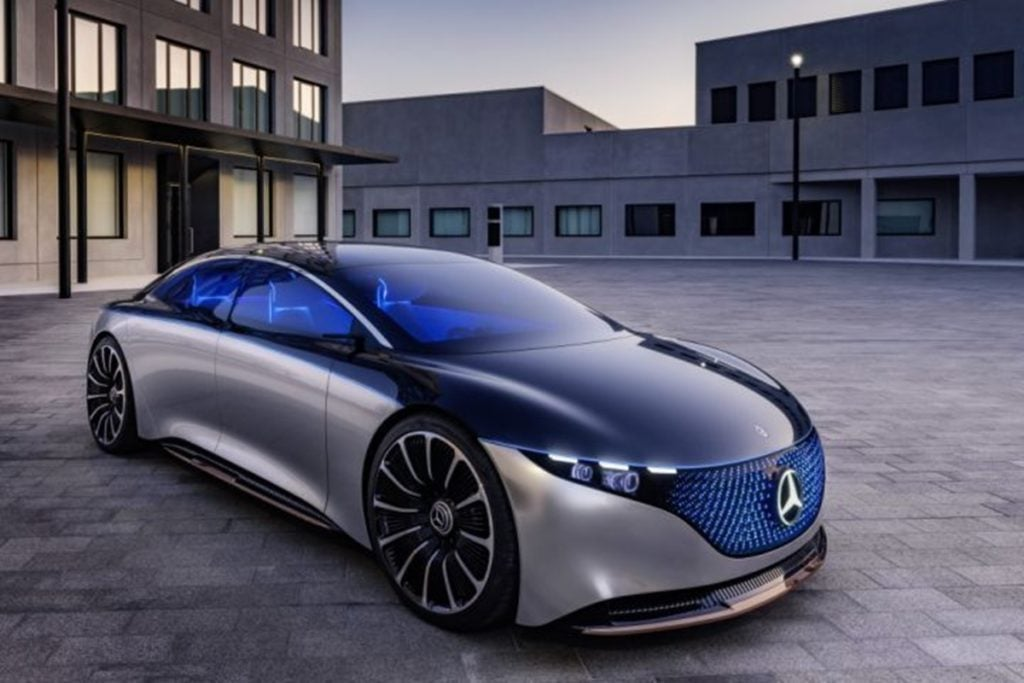 Mercedes claims an operating range of 700 km for the Vision EQS