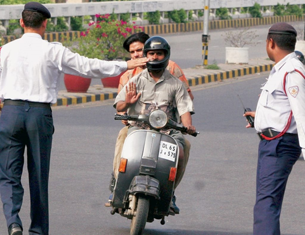 Two wheeler Traffic Challan image