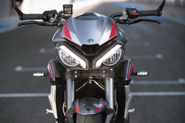 Triumph Street Triple RS is Arriving in India in January 2020!