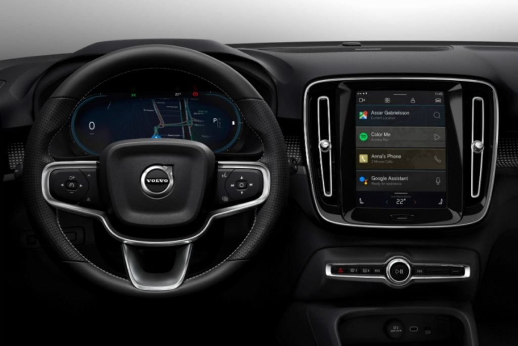 Electric Volvo XC40 Infotainment System Image