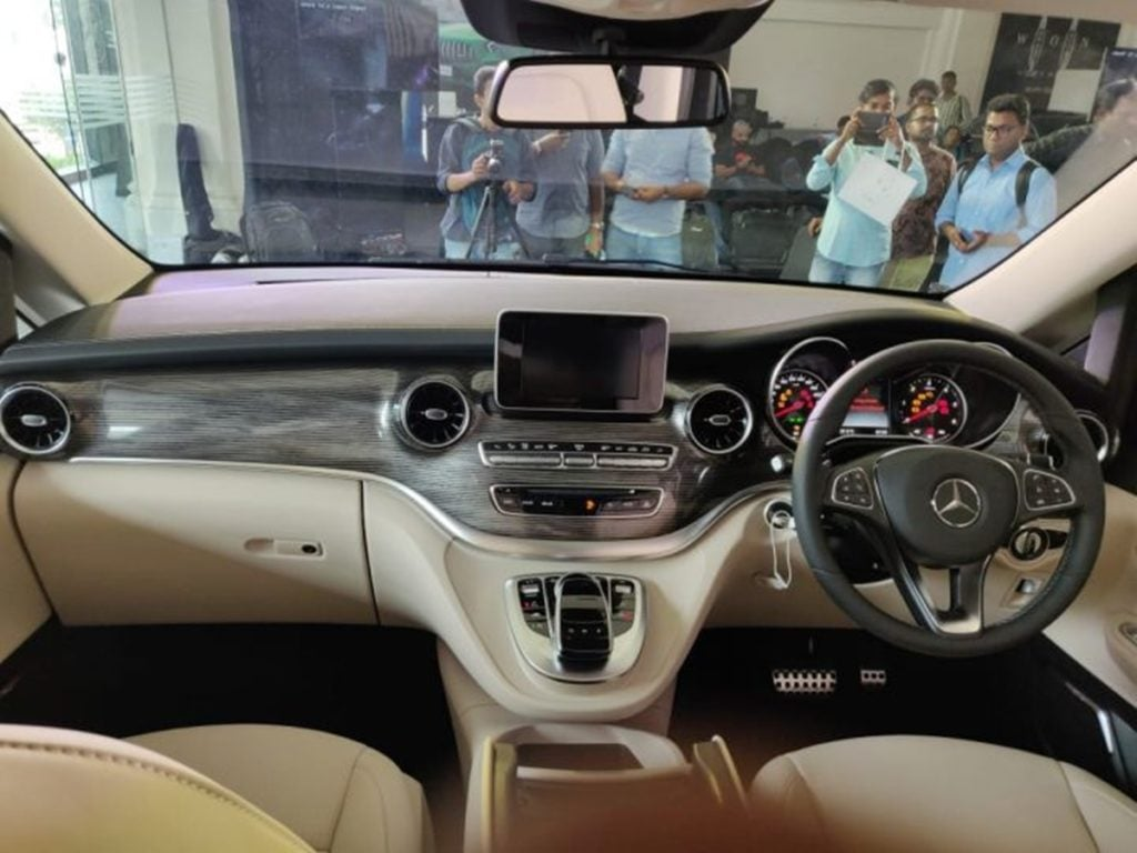 The dashboard of the Mercedes-Benz V-Class Elite in India gets some minor cosmetic updates.