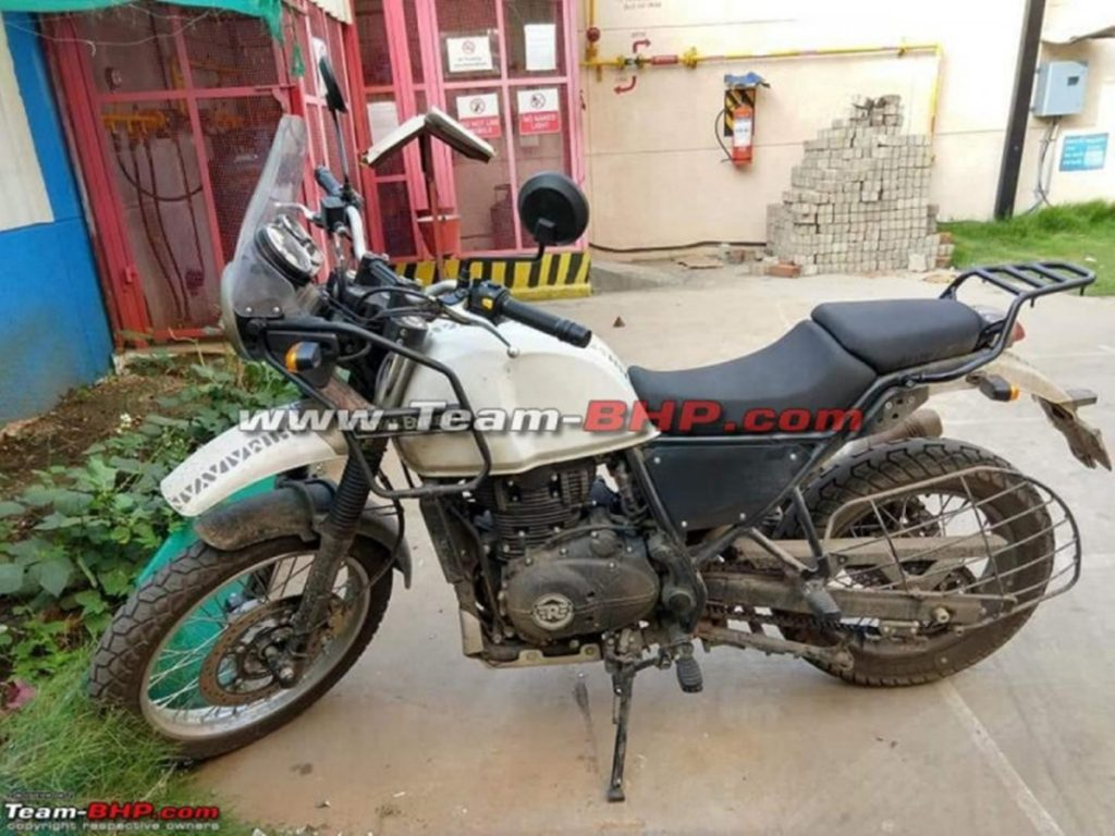 BS-6 Royal Enfield Himalayan spied for the first time.