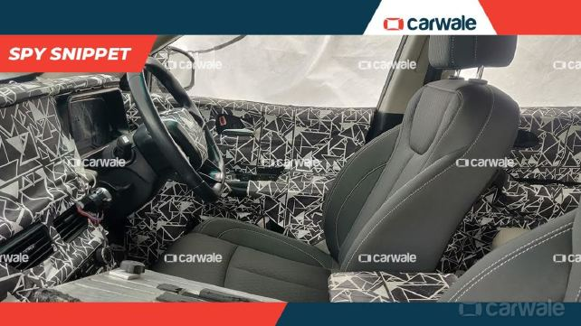 New 2020 Mahindra XUV 500 Interiors Leaked – Spy Shots