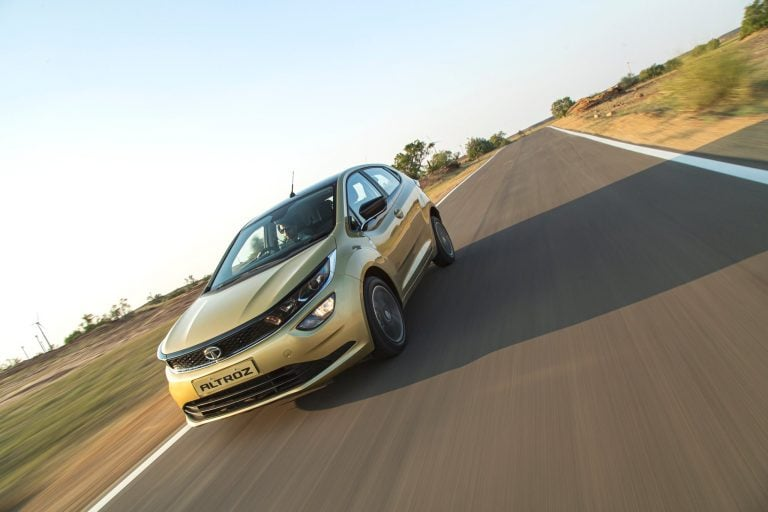 Tata Altroz Turbo-Petrol Coming In By Festive Season 2020