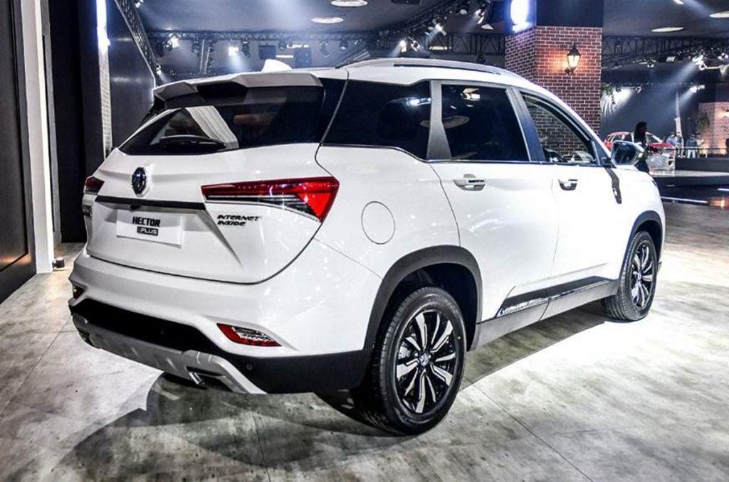 Le SUV obtient plusieurs changements cosmétiques par rapport au Hector standard.