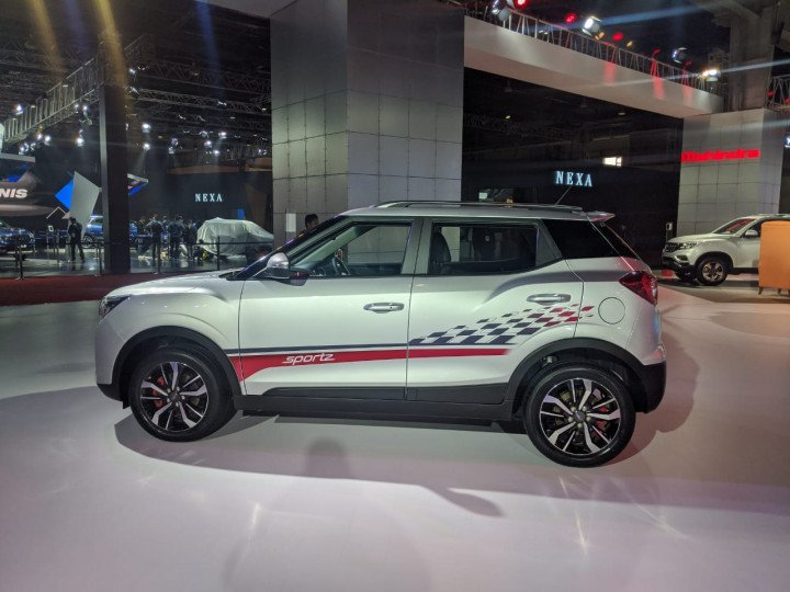 What's Different With The New Mahindra XUV300 Sportz?